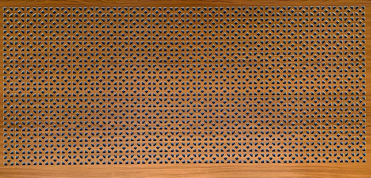 Панель (решетка) декоративная перфорированная, цвет лесной орех, 1390 мм х 680 мм