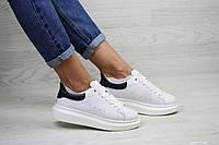 Женские кроссовки белые с темно синим 7962