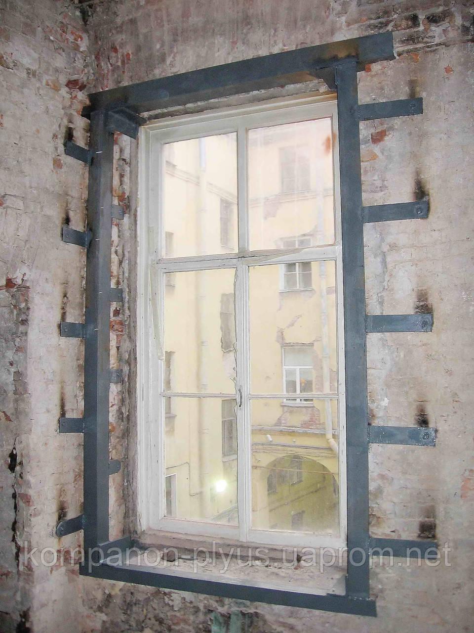 Віконний проріз у цегляній кладці