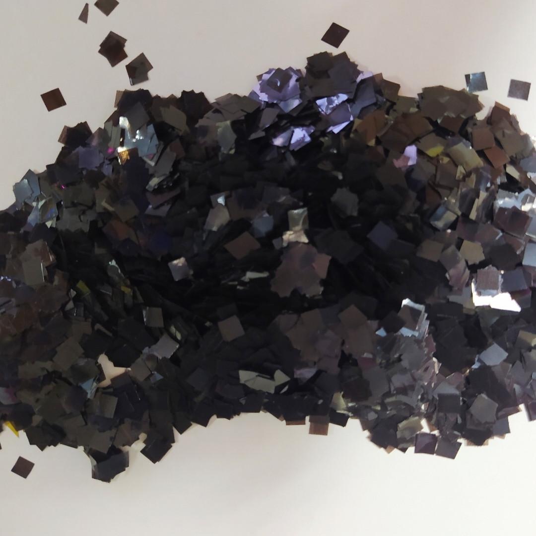 Аксесуари для свята конфеті квадратики 5мм чорний 100 грам
