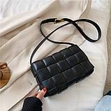 Сумка клатч жіночий в стилі Bottega Veneta Padded Cassette. Трендова сумочка (чорна), фото 2