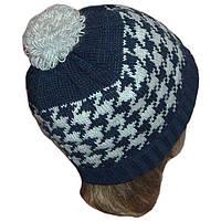 """Вязаная женская шапка в этническом стиле с орнаментом """"гусиные лапки"""""""