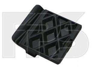 Заглушка буксировочного крюка Форд Фокус III (2011-) черн. текстура