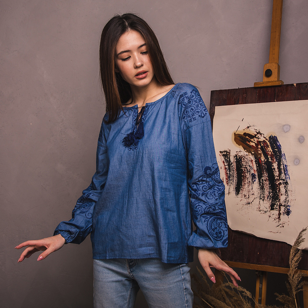 Вишиванка жіноча Moderika Дерево Життя на синьому джинсі