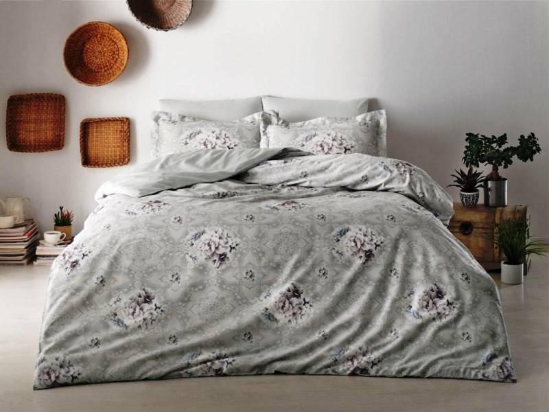 Комплект постельного белья Tivolyo Home Lisset семейный (2 пододеяльника)