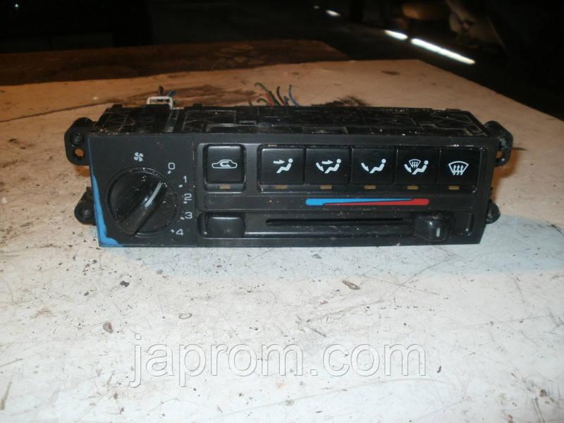 Блок управления печкой (отопителем) Nissan Primera P 10 1990-1995г.в