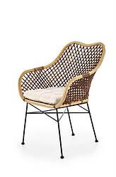 Дизайнерское обеденное кресло из ротанга с мягкой подушкой