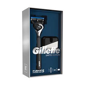 Подарочный набор Gillette Fusion5 ProGlide (бритва + подставка) 8070