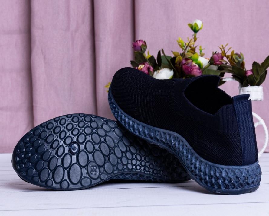 Летние женские кроссовки черные