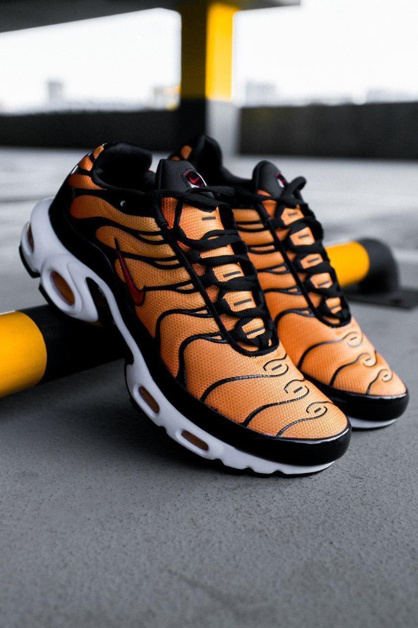 Мужские оранжевые Кроссовки NIKE Air Max TN+