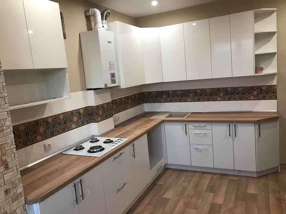 Кухня белая глянцевая по индивидуальному поекту ViAnt, Киев и область
