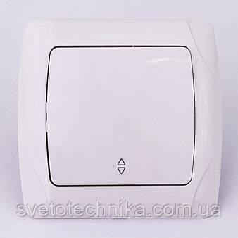 Выключатель одноклавишный проходной VI-KO Carmen скрытой установки (белый)