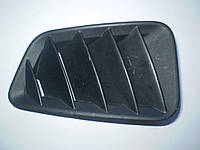 Решетка передняя правая под стеклом на торпеде (дефлектор) GJ6A 60 161 Mazda 6 2002-07