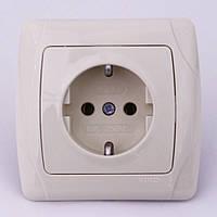 Розетка электрическая VI-KO Carmen скрытой установки одинарная с заземлением (кремовая)