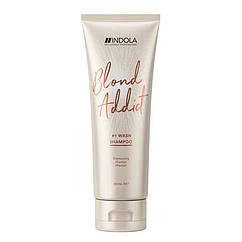 Шампунь для світлого волосся нейтралізуючий жовтизну Indola Blond Addict 250 мл