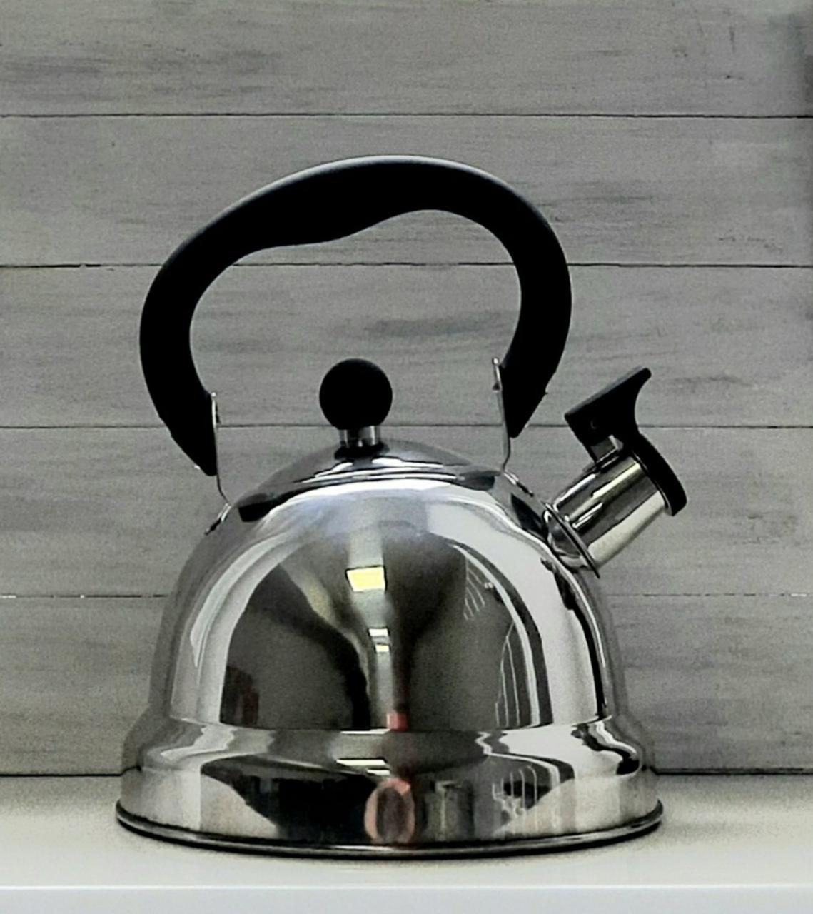 Чайник со свистком 2,7 л черный Con Brio СВ-411