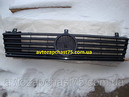 Решетка радиатора Mercedes Vito w638 до 2002 года (производитель Tempest, Тайвань)