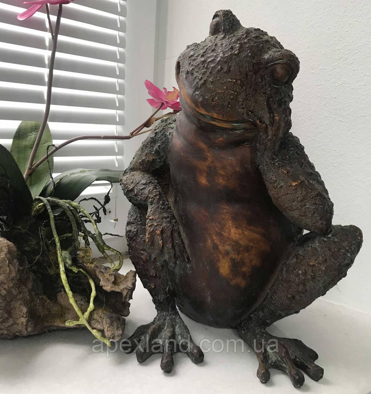 """Лягушка""- декоративная фигурка для сада"