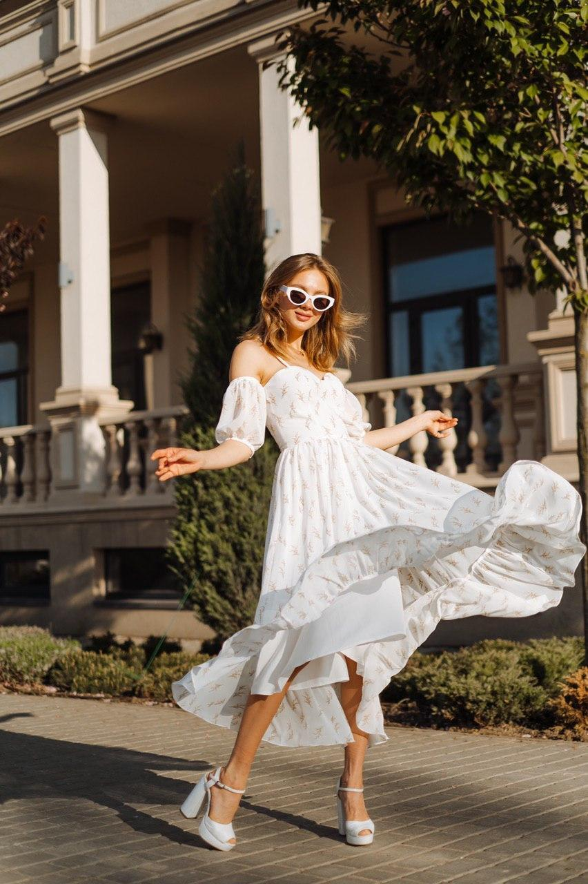 Летнее воздушное платье со съемными рукавами