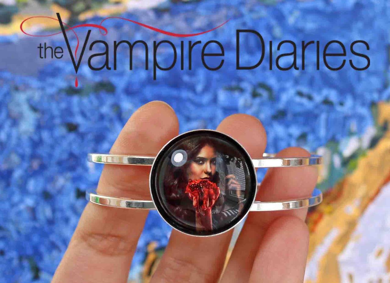 Браслет Дневники Вампира Vampire Diaries с Кэтрин Еленой