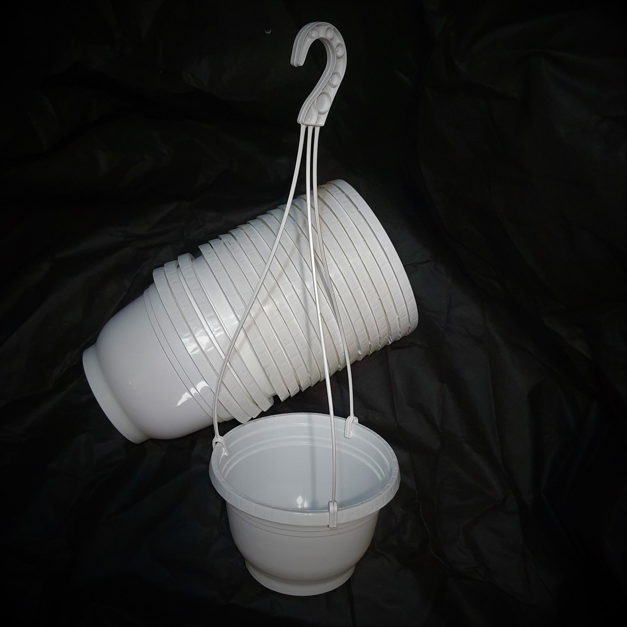 Кашпо подвесные белые - 20.5*14.5 - 3.0 л - Емкости для растений