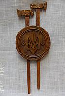 Гуцульскі сокири з гербом (сувенірна зброя)
