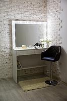 Стол  гримерный с навесным зеркалом и подсветкой СВ-13