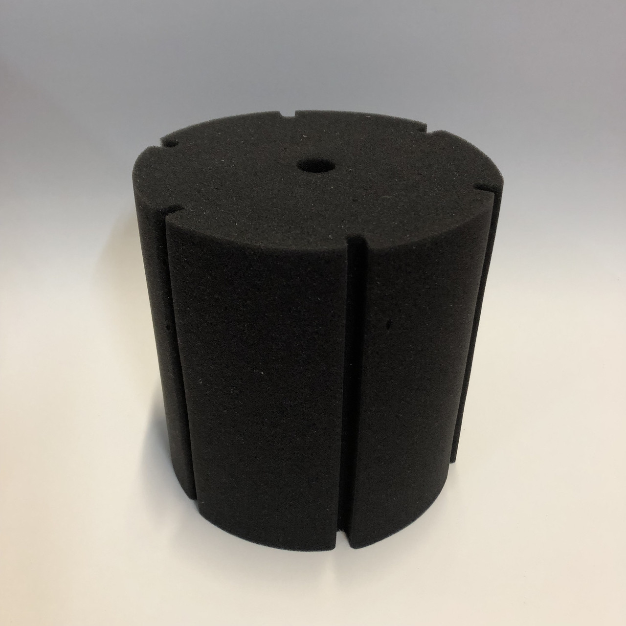 Фильтрующая губка TopFish цилиндрическая с вертикальной, широкой, глубокой прорезью, 15х15х15см