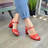 Босоножки кожаные женские на устойчивом каблуке, цвет красный, фото 2