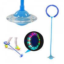 Детская светящаяся скакалка на ногу (Нейроскакалка) c LED подсветкой  Синяя