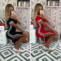 Женское летнее короткое красное черное платье футболка с разрезами полосками вискоза молодежное 42-44