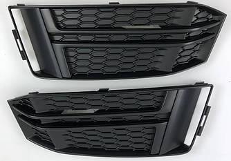 Боковые решетки бампера Audi A4 B9 S-line (2016+) стиль RS (черные)