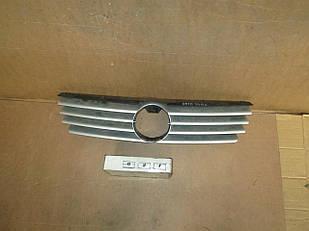 №21 Б/у Решетка радиатора для VW Polo 1999-2002