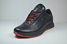 Чоловічі шкіряні кросівки чорні з червоним Level 55610