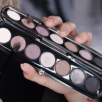 Палетка тіней для повік Marc Jacobs Beauty Eye-Конічних Multi-Finish Eyeshadow Palette 820 Steel