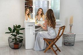Туалетный столик М623 с подсветкой и тремя зеркалами, ДСП Белое ручки Эстет (Markson TM)
