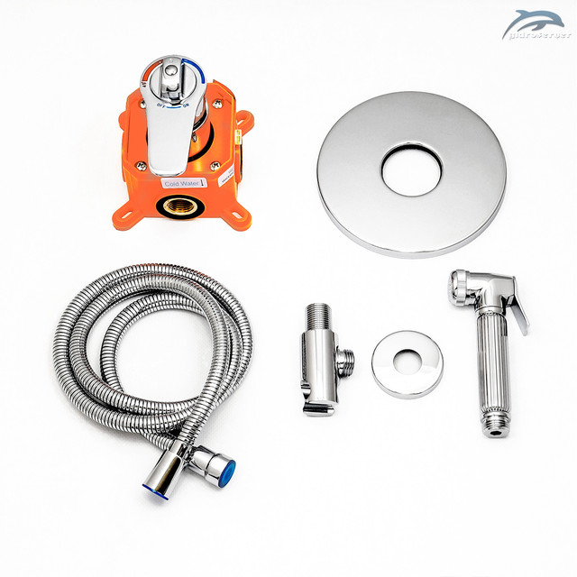 Гигиенический душ для скрытого монтажа SGD-01 с термостатическим смесителем.
