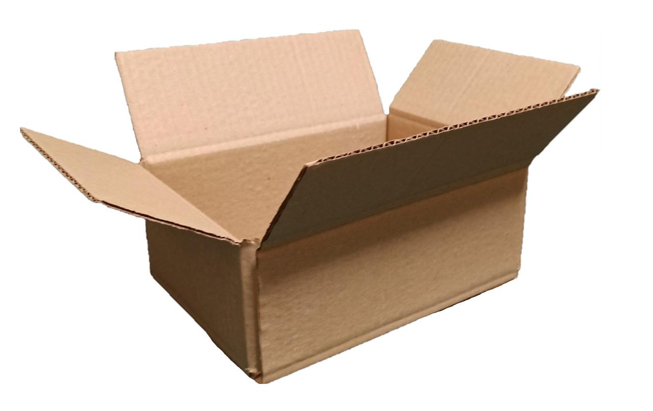 Картонная коробка вместимостью до 1 кг фактического или объемного веса 240*170*100