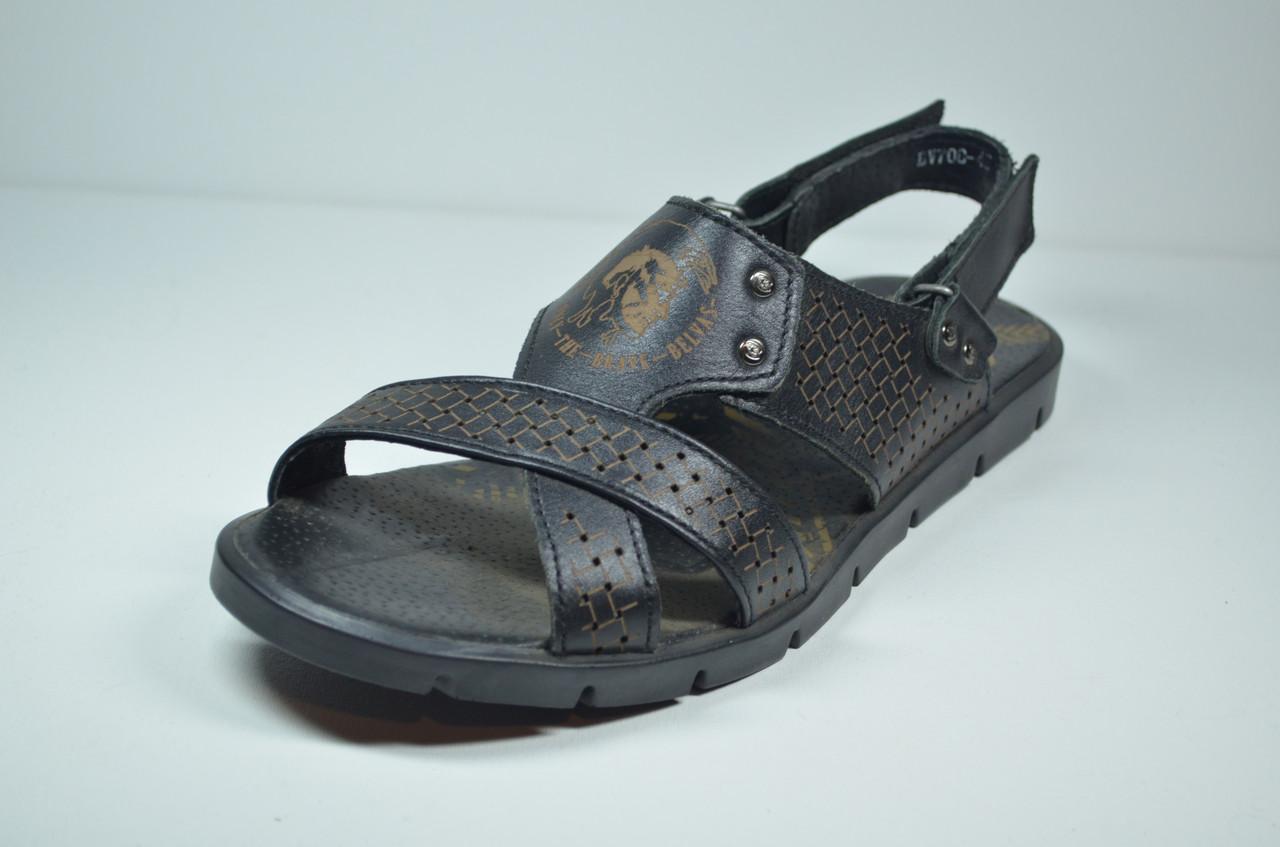 Мужские кожаные сандалии черные Belvas 700/01
