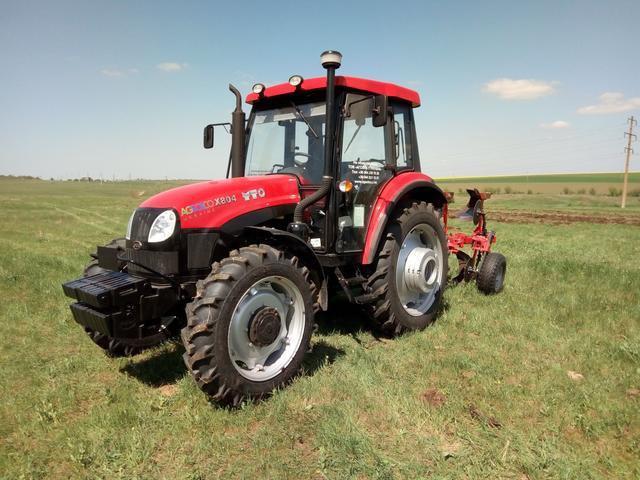 вал відбору потужності на трактор