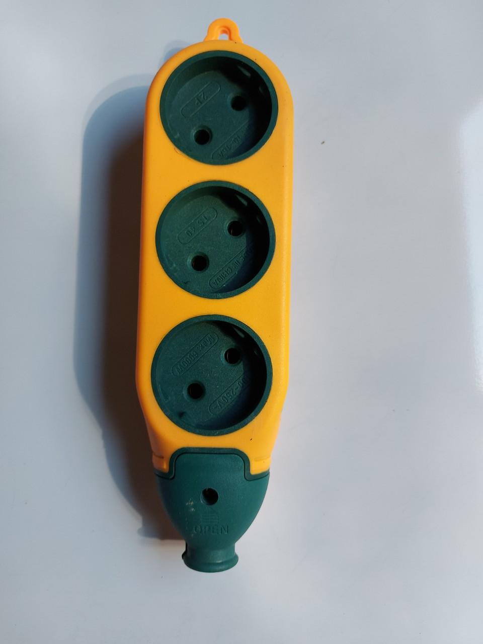 Колодка для удлинителя электрическая двусторонняя 16А три гнезда