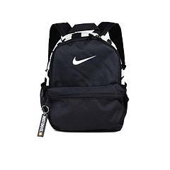 Нова модель: жіночий рюкзак Nike Mini Base Backpack