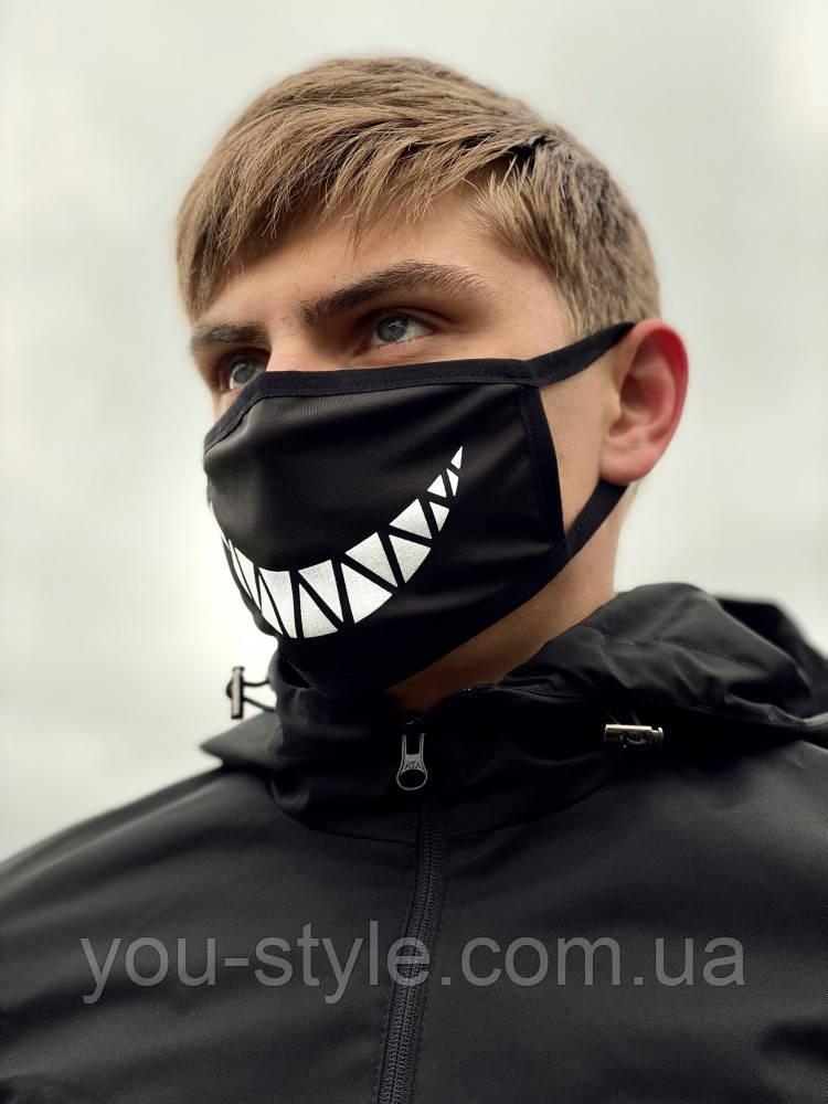 Защитная маска чёрная принт Улыбка