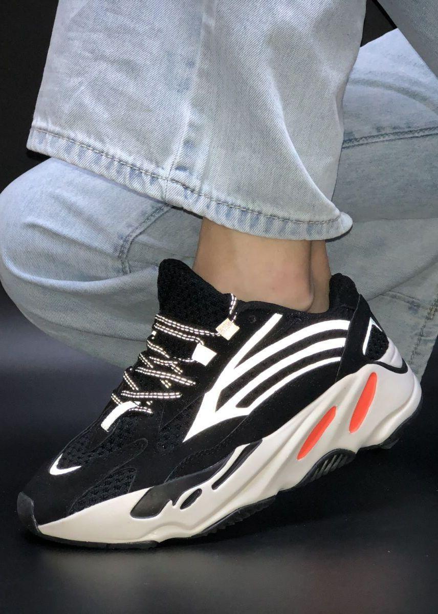 Женские Кроссовки Adidas Yeezy Boost 700 Black