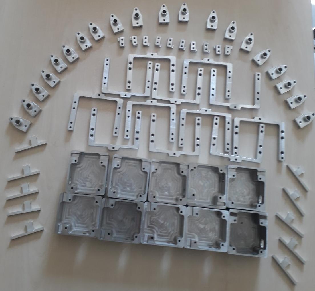 Деталі шарніра джойстика для дрона