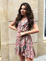 Короткое льняное платье на запах в цветочный принт и с оборками 14031322, фото 1