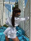 Женский летний спортивный костюм с шортами и укороченной кофтой на одной плечо 71so995, фото 3