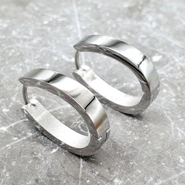 Сережки-кільця з медичної сталі овальної форми глянцеві 4 мм 176062