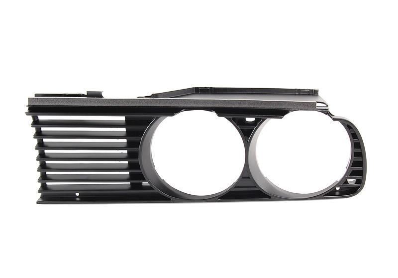 Решетка радиатора BMW 3 E30 87-91 левая (FPS) 51131945885