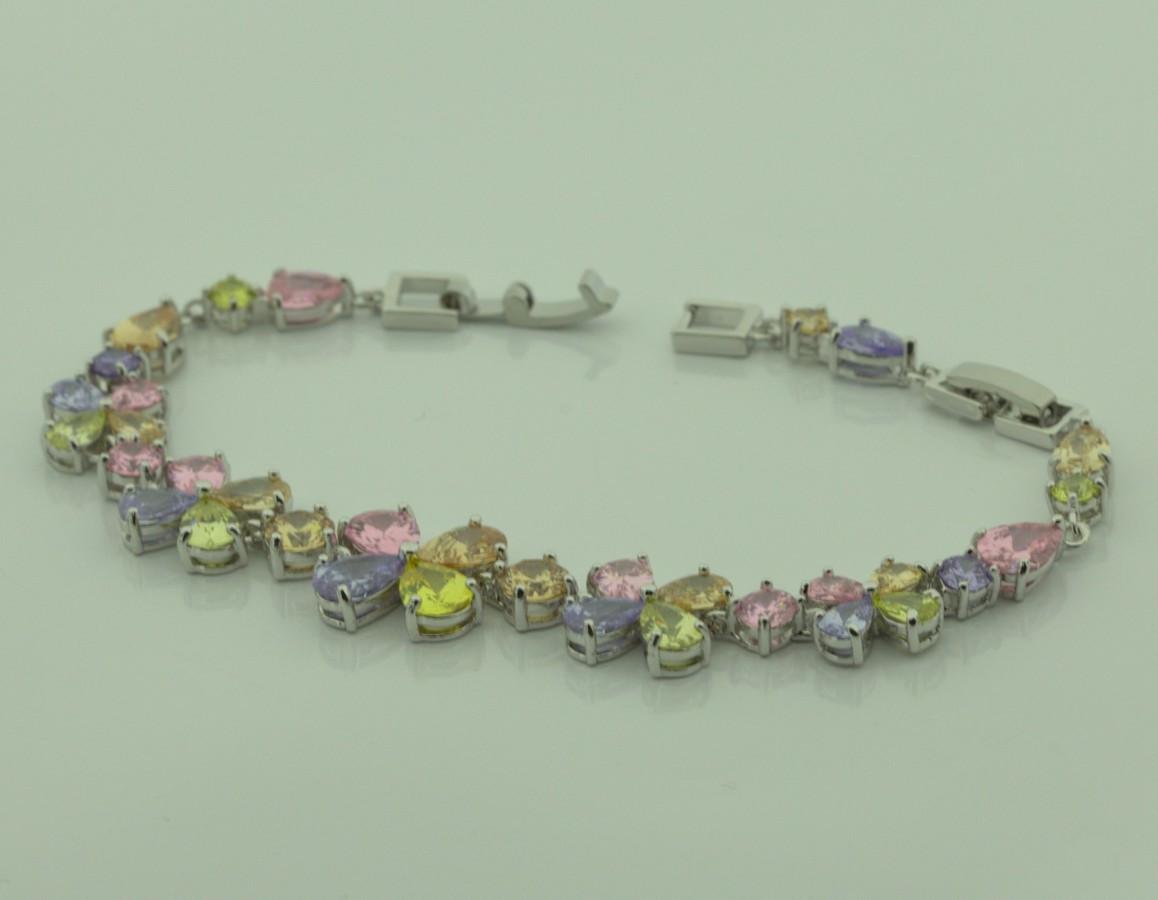 Браслет разноцветный с цветами 6 0154